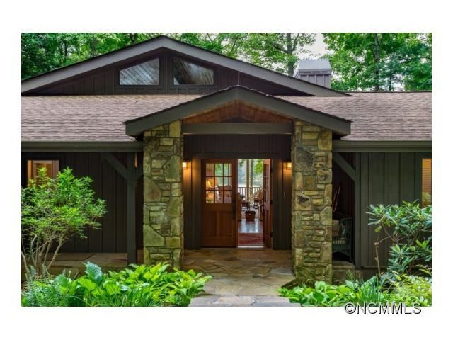 Photo for 39 Cardinal Drive, Lake Toxaway, NC 28747 (MLS # NCM590807)