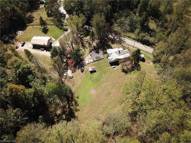 Photo for 336 Hookers Gap Road, Candler, NC 28715 (MLS # 3331822)
