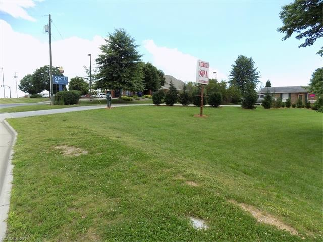 Photo for 641 Upward Road, Flat Rock, NC 28731 (MLS # 3289859)