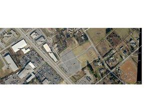 Photo of 1500 Spartanburg Highway, Hendersonville, NC 28792 (MLS # 3286907)