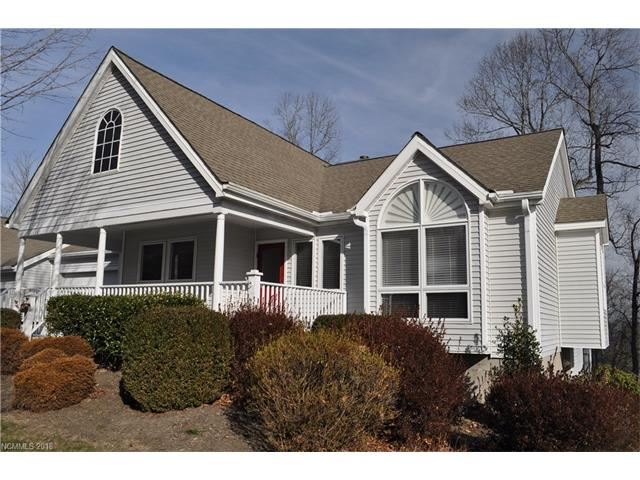 Photo for 123 Carriage Walk Lane, Hendersonville, NC 28791 (MLS # 3347973)