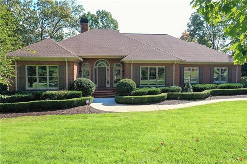 Photo of 1002 Thornehill Drive, Anderson, SC 29621 (MLS # 20233470)