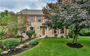 Photo of 1807 Oakhurst Ct, ALLISON PARK, PA 15101 (MLS # 1402006)