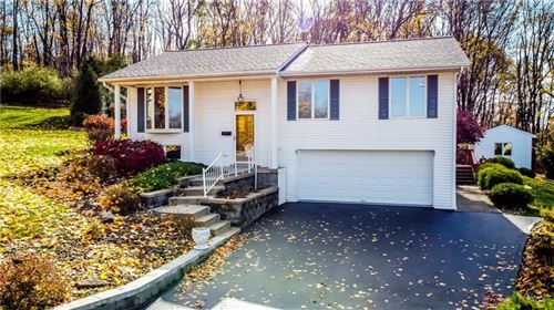 Photo of 112 Coventry Dr, Butler, PA 16001 (MLS # 1475016)