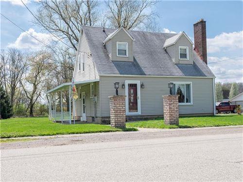 Photo of 302 Henry St, Wayne Township - LAW, PA 16157 (MLS # 1494024)