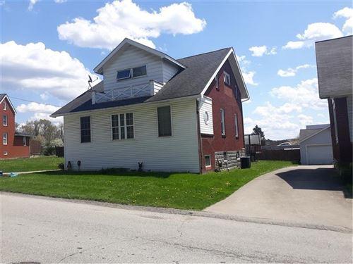 Photo of 904 Towne Square Drive, Hempfield Township - WML, PA 15601 (MLS # 1495030)