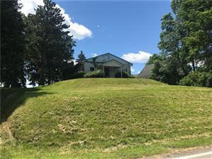 Photo of 1941 Bakerstown Rd, TARENTUM, PA 15084 (MLS # 1392051)