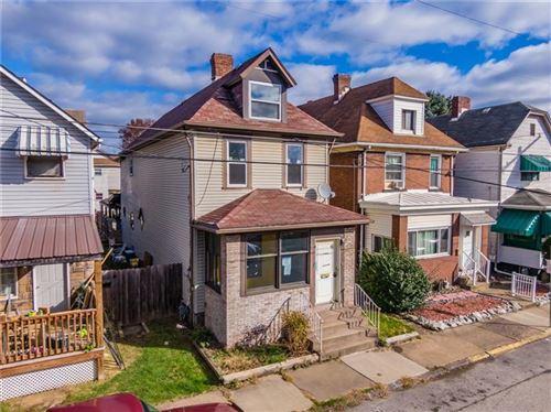Photo of 21 Pine St, Natrona Heights, PA 15065 (MLS # 1478067)