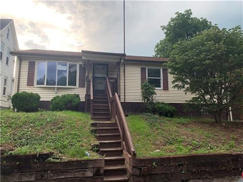 Photo of 828 Josephine St, East Mc Keesport, PA 15035 (MLS # 1409077)
