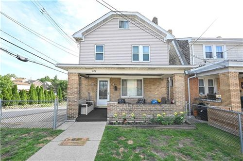 Photo of 972 Fordham Ave, Brookline, PA 15226 (MLS # 1507078)