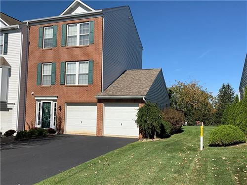 Photo of 62 Links Dr, New Castle, PA 16101 (MLS # 1422079)