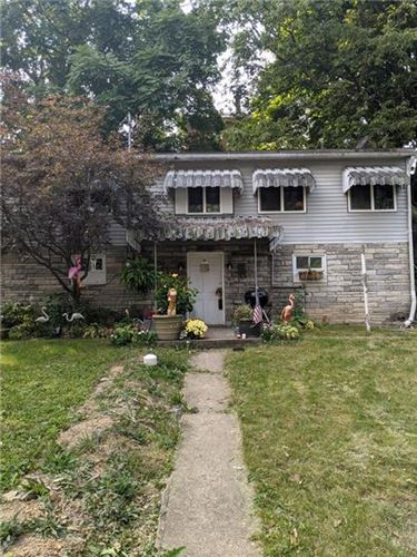 Photo of 31 Elm Ln, Pittsburgh, PA 15223 (MLS # 1475079)