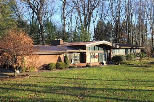 Photo of 164 Forrest Rd, New Castle, PA 16105 (MLS # 1429105)