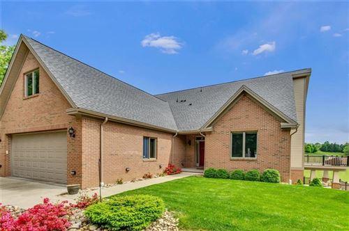 Photo of 114 Pinehurst Lane, Gibsonia, PA 15044 (MLS # 1448105)