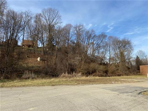 Photo of LOT 7 Castleview, Pittsburgh, PA 15234 (MLS # 1433112)