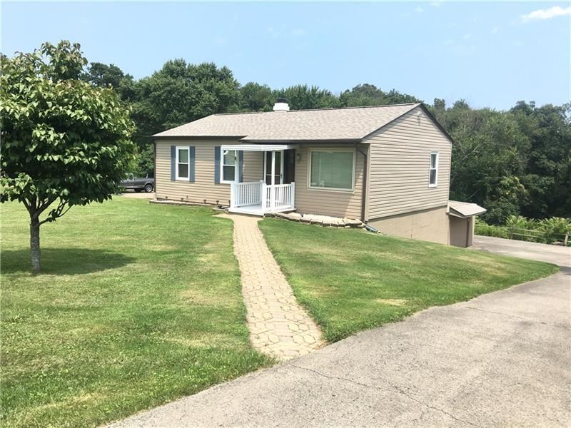 Photo for 214 Haymont Dr, Richland, PA 15044 (MLS # 1513118)