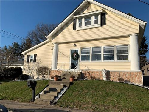 Photo of 207 E Fairmont Ave., New Castle, PA 16105 (MLS # 1429134)