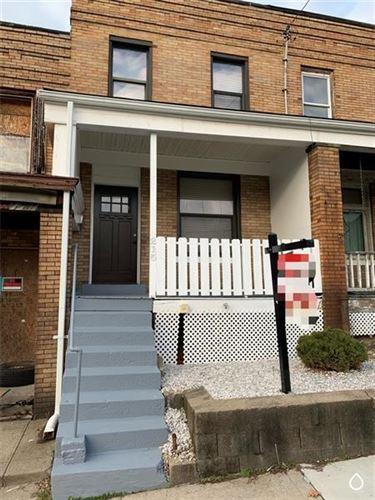 Photo of 215 Kingsboro Street, Pittsburgh, PA 15211 (MLS # 1478144)