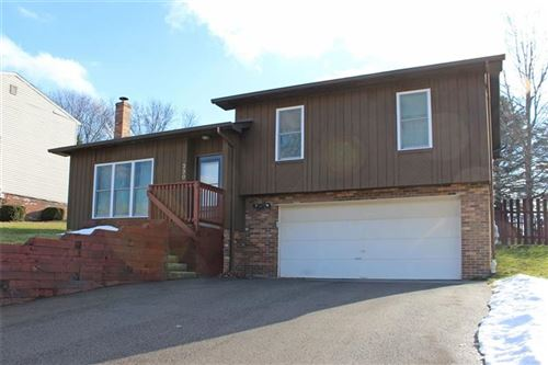 Photo of 330 Rolling Hills RD, Economy, PA 15042 (MLS # 1487184)