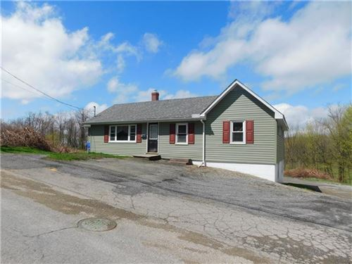 Photo of 162 West Liberty St, SLIPPERY ROCK, PA 16057 (MLS # 1391192)