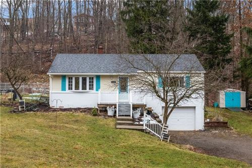 Photo of 120 Highview, Fox Chapel, PA 15238 (MLS # 1434198)