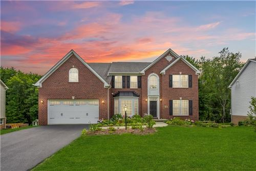 Photo of 168 Sweetwater Dr, Sewickley, PA 15143 (MLS # 1513208)