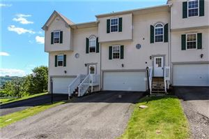 Photo of 102 Cathedral Ct, CARNEGIE, PA 15106 (MLS # 1403225)