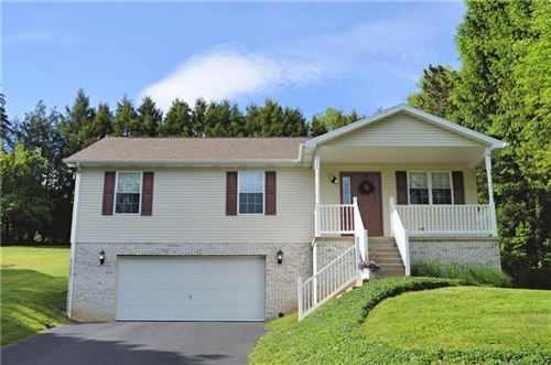 Photo of 115 Remil Dr, Butler, PA 16001 (MLS # 1448229)