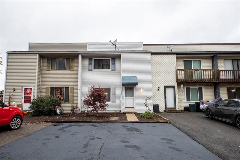Photo for 3162 Camberly Drive, Gibsonia, PA 15044 (MLS # 1475230)
