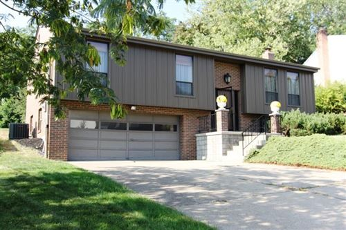 Photo of 1916 Shelly Dr, Pittsburgh, PA 15216 (MLS # 1470234)