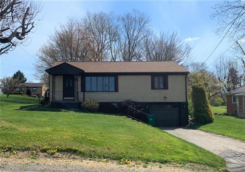 Photo of 207 Bartley Ave, But NW, PA 16001 (MLS # 1513238)