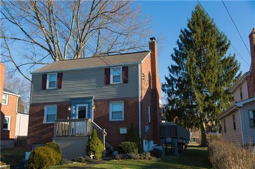 Photo of 2078 Spring Valley, Pittsburgh, PA 15243 (MLS # 1447239)