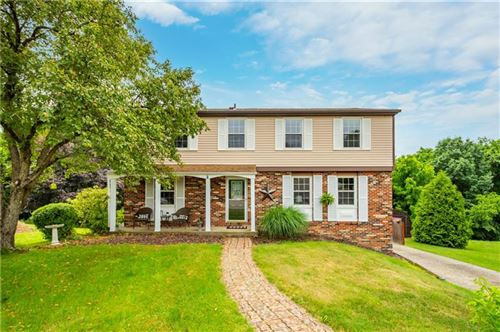 Photo of 225 Inverness Dr, Moon/Crescent Township, PA 15108 (MLS # 1507284)