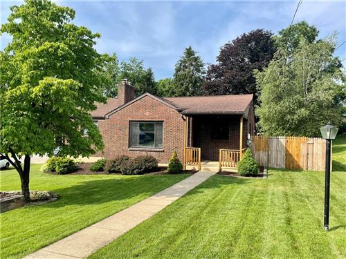 Photo of 2 Saint William Place, Ross Township, PA 15237 (MLS # 1507307)