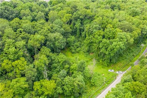 Photo of 0000 Spring Run Road Ext, Coraopolis, PA 15108 (MLS # 1462310)