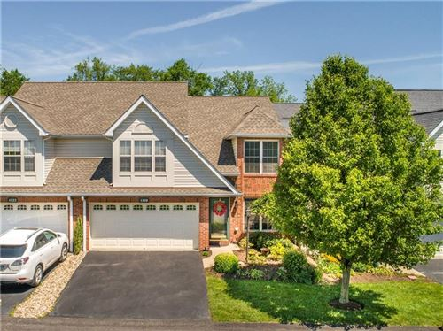 Photo of 1320 Crest Ln, Oakdale, PA 15071 (MLS # 1448321)