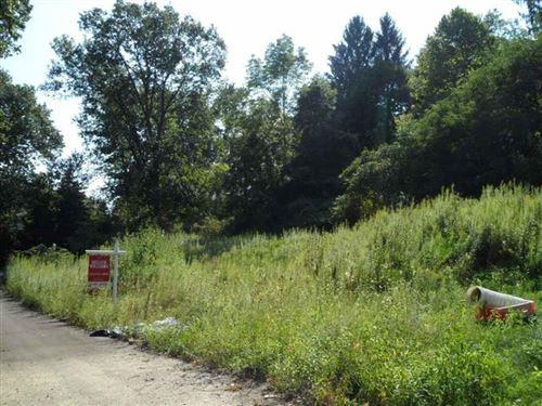 Photo of L 1501-1808 McMillan Road, Upper St. Clair, PA 15241 (MLS # 1495330)