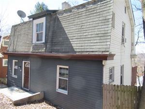 Photo of 1644 Crafton Blvd, PITTSBURGH, PA 15205 (MLS # 1386358)