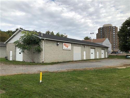 Photo of 212 Elm St, New Castle, PA 16101 (MLS # 1472360)