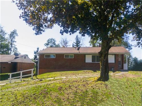 Photo of 5039 Ozark DrIve, Pittsburgh, PA 15239 (MLS # 1422385)