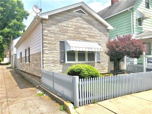 Photo of 516 Woodward Ave, Kittanning, PA 16201 (MLS # 1478391)