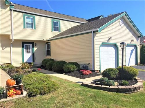 Photo of 504 Sunrise Dr, Cranberry Township, PA 16066 (MLS # 1426412)