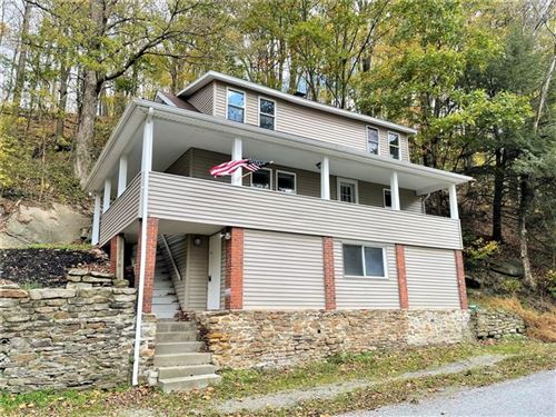 Photo of 566 Old Lincoln Highway, Ligonier Township, PA 15658 (MLS # 1527464)