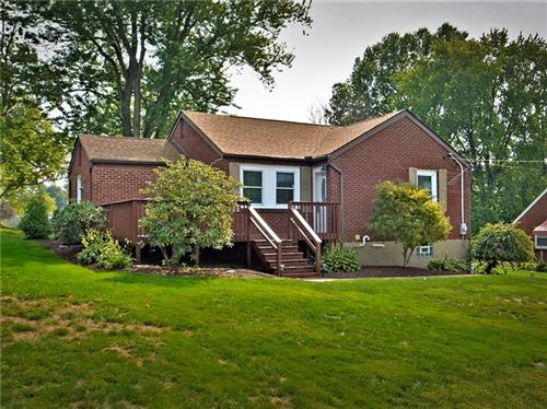 Photo of 344 Pinevue, MONROEVILLE, PA 15146 (MLS # 1469469)