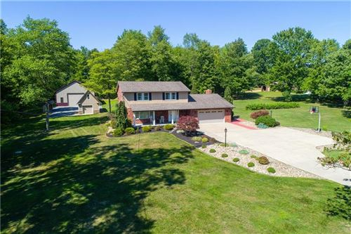 Photo of 260 Mount Maple Dr, Beaver Falls, PA 15010 (MLS # 1461484)