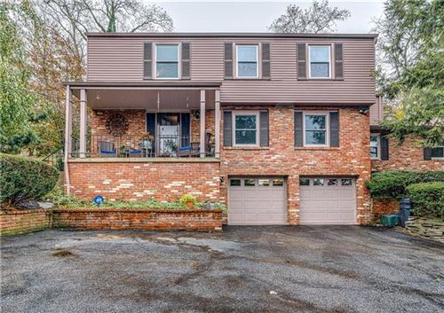 Photo of 624 Smith Ln, Pittsburgh, PA 15205 (MLS # 1426527)