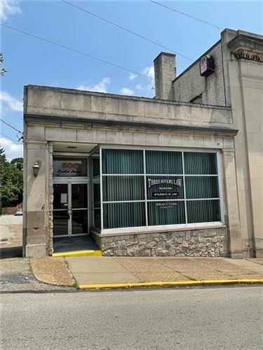Photo of 606 Corbet St, Tarentum, PA 15084 (MLS # 1512594)