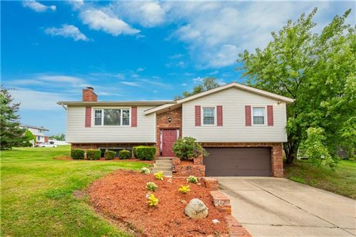 Photo of 113 Cannongate Dr, South Fayette, PA 15057 (MLS # 1522615)