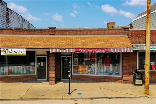 Photo of 117 N Mercer St, New Castle/1st, PA 16101 (MLS # 1512621)