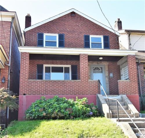 Photo of 970 Greenfield Ave, Greenfield, PA 15217 (MLS # 1522631)
